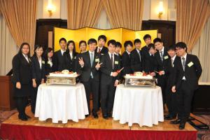 ミャンマー新入社員7 名を含む2016年度新入社員